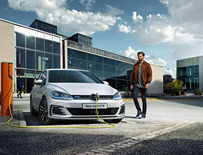 Volkswagen Golf GTE - plug-in hybrid car